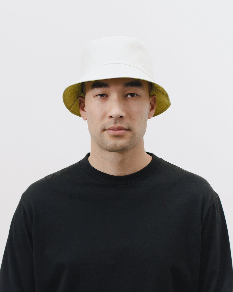REVERSIBLE BUCKET CAP - NATURAL / CHARTREUSE