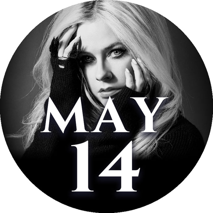 Avril Lavigne Autographed Merchandise Bundle Upgrade: 14 May - Tokyo, Japan