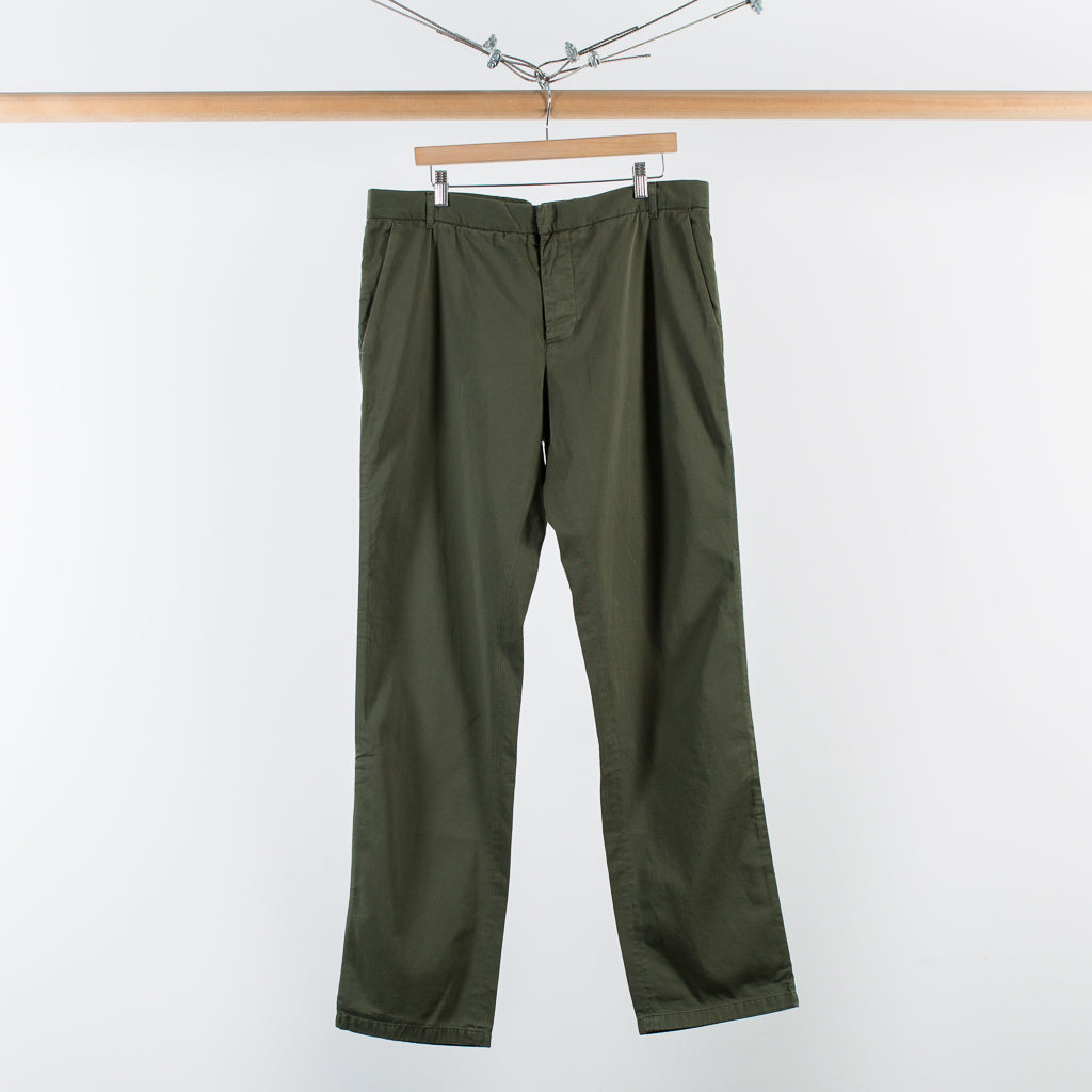 ARCHIVE SALE - BAND OF OUTSIDERS - OLIVE CHINO