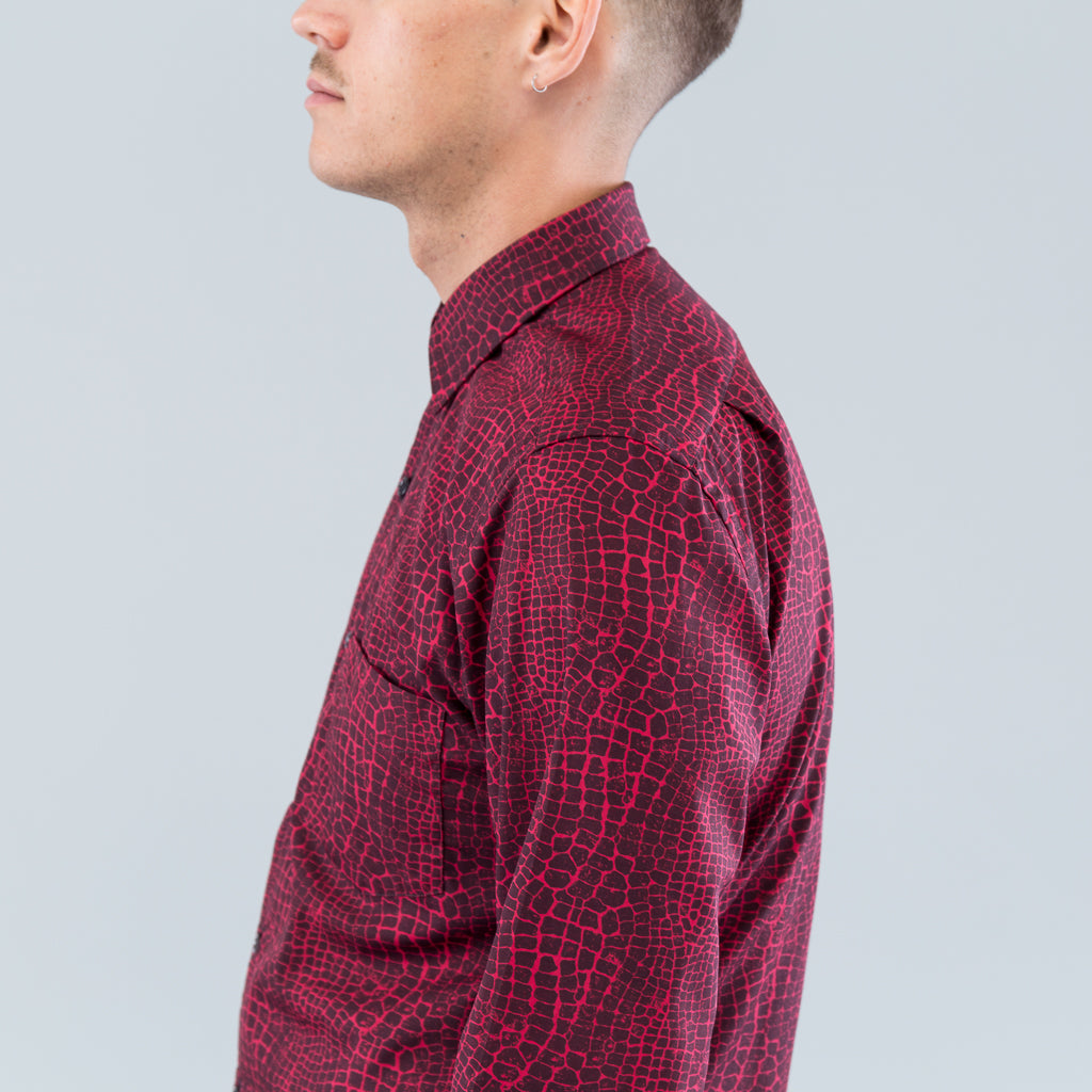 MODEL 1 SHIRT - RED CAIMON PRINT