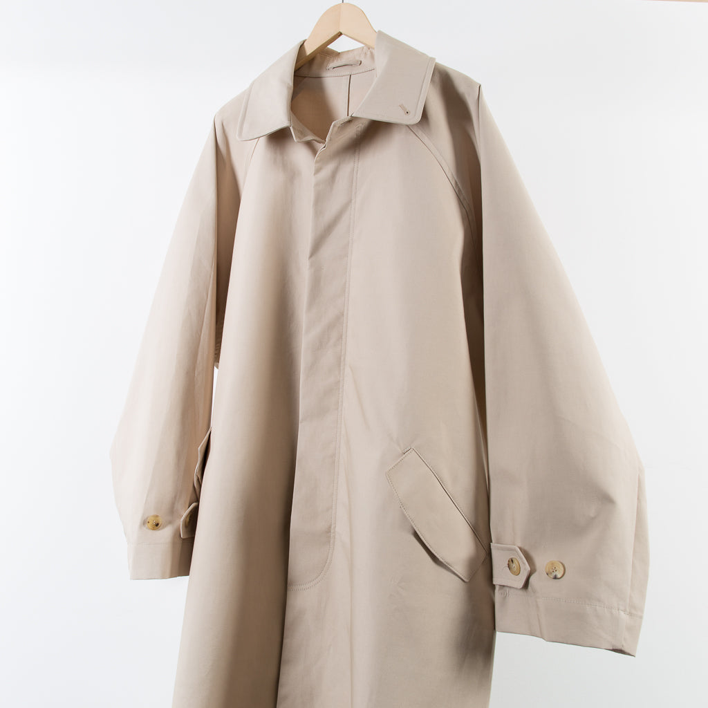 ARCHIVE SALE - HED MAYNER - RAINCOAT BEIGE