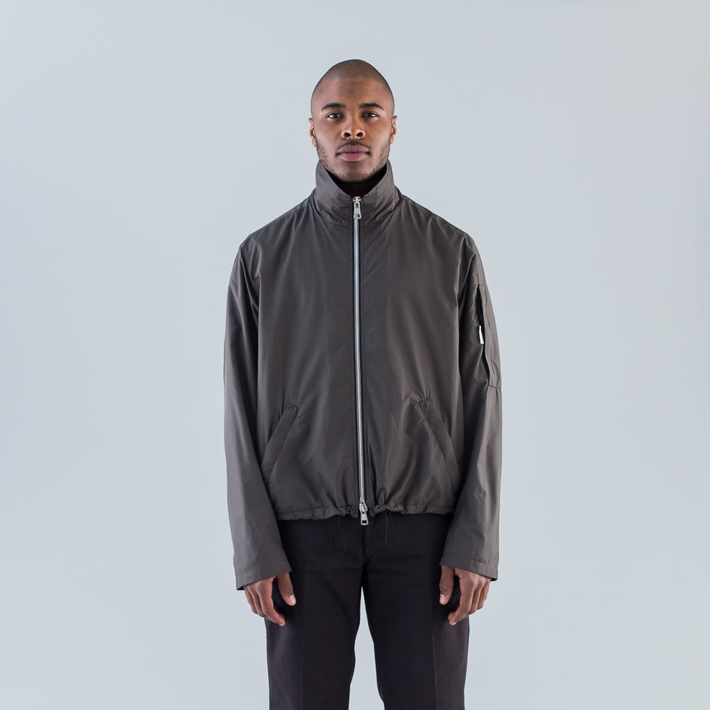 CROPPED SHELTER COAT - DARK OLIVE NYLON