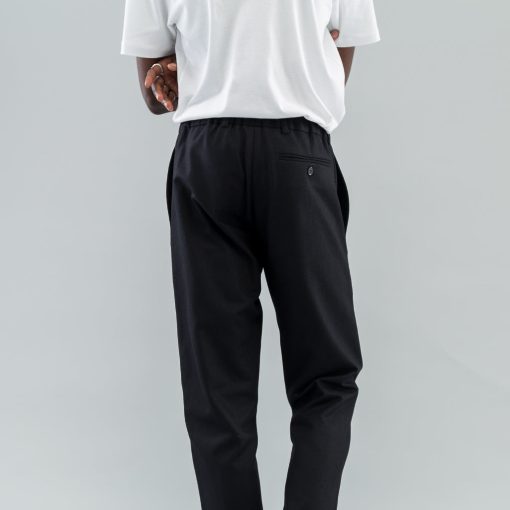 TROUSERS TREE - BLACK