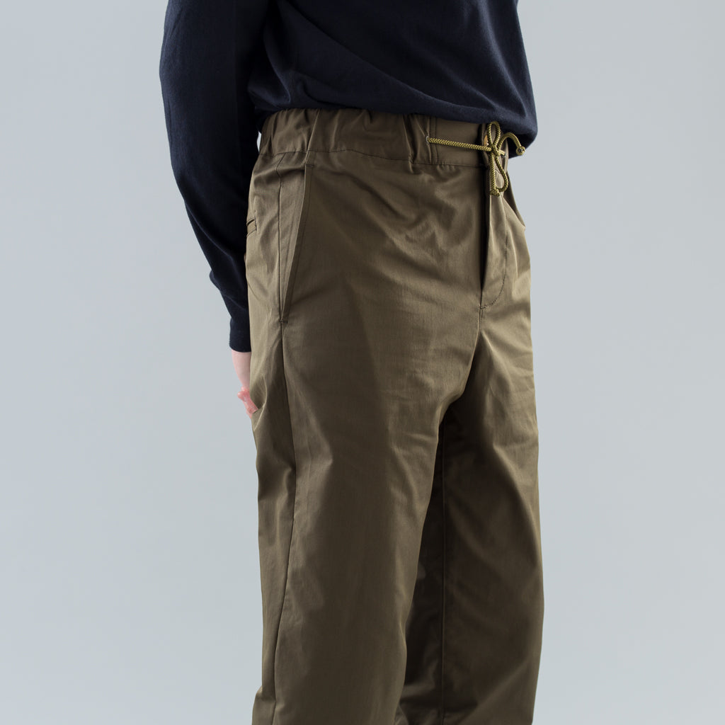 SLIM EASY PANTS - OLIVE