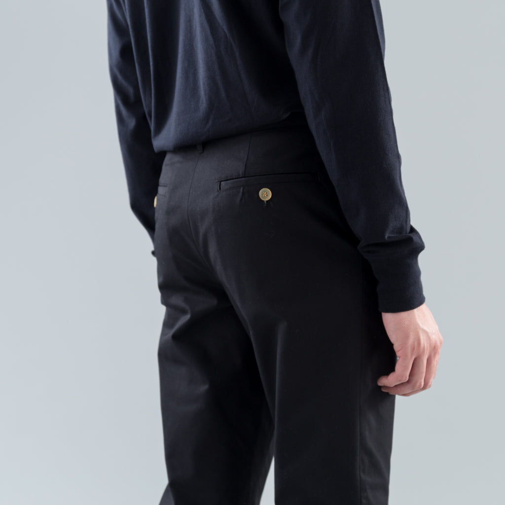SLIM PANTS - BLACK