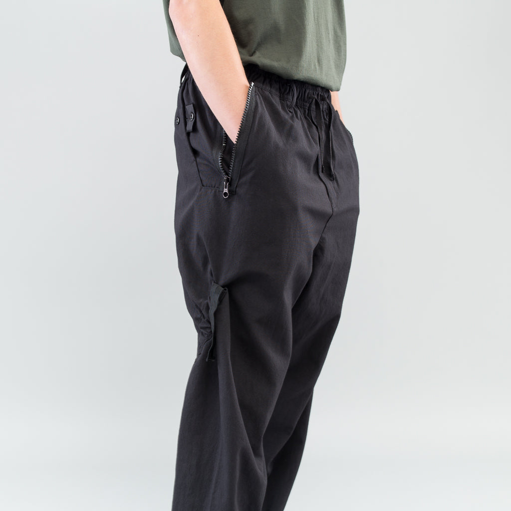 HOLLOWCORE WIDE PANTS W/ ARTICULATION TUNNELS - BLACK