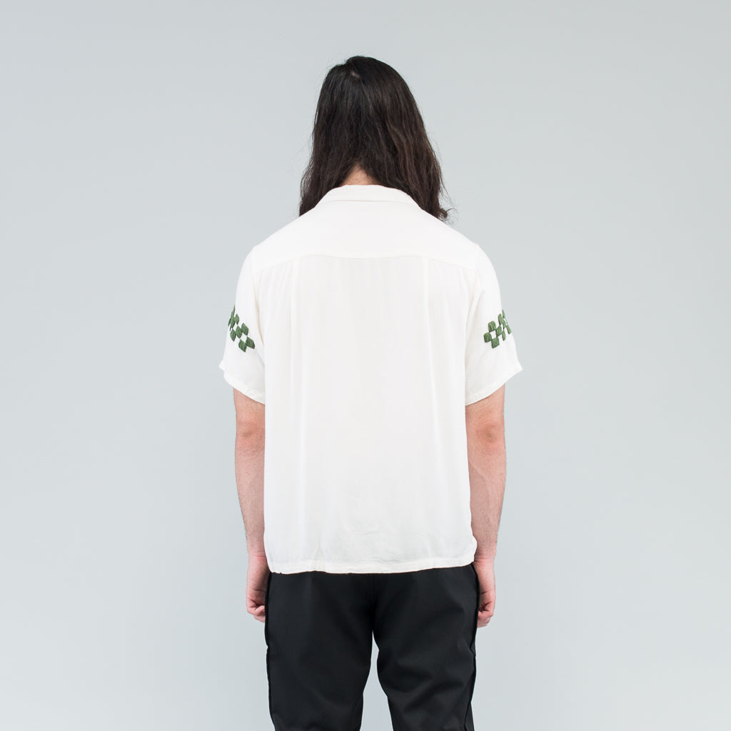 HAND EMBROIDERED SS SHIRT - OFF / BLUE / GREEN