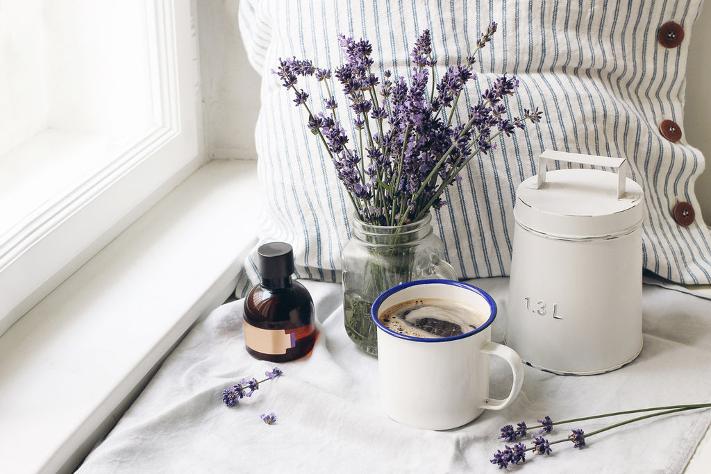 8 Herbs That Help You Sleep Better