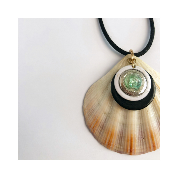 Sea Gem Shell Necklace