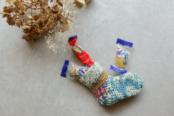 crochet ornament kit with mini stocking & mini charm