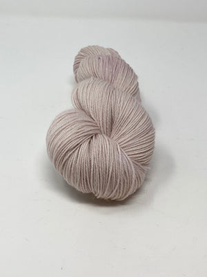 Pale Beige Extrafine Merino Yarn