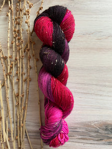 Aubergine Cranberry Magenta Variegated Tweed Hand Dyed Yarn
