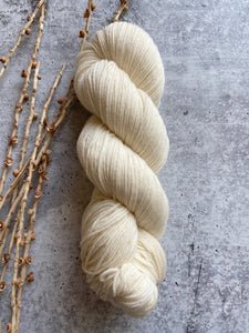 Naturally Dyed With Lichen 100g SW Merino Nylon Yarn