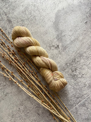 Pastel Gold Speckled SW Merino Linen Yarn
