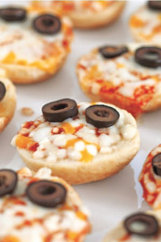 Pizza bites with Halloween theme