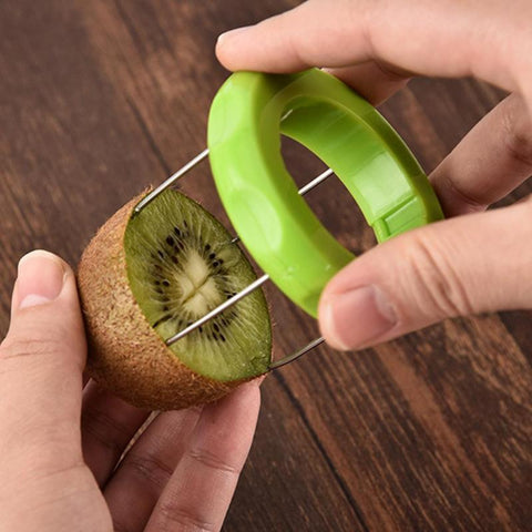 Kiwi fruit cutter slicer