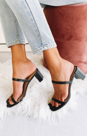 Billini Luna Heels Black