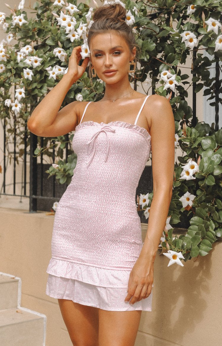 https://files.beginningboutique.com.au/20200115-Beatrice+Dress+Pink+Print.mp4