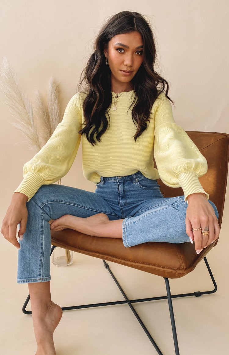 https://files.beginningboutique.com.au/20200706+-+Berkley+Ballon+Knit+Sweater+Yellow.mp4