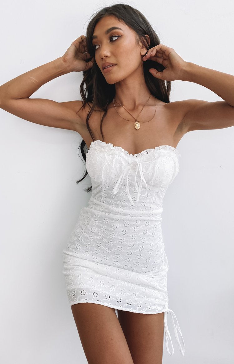 https://files.beginningboutique.com.au/2020403-City+Break+Mini+Dress+White.mp4