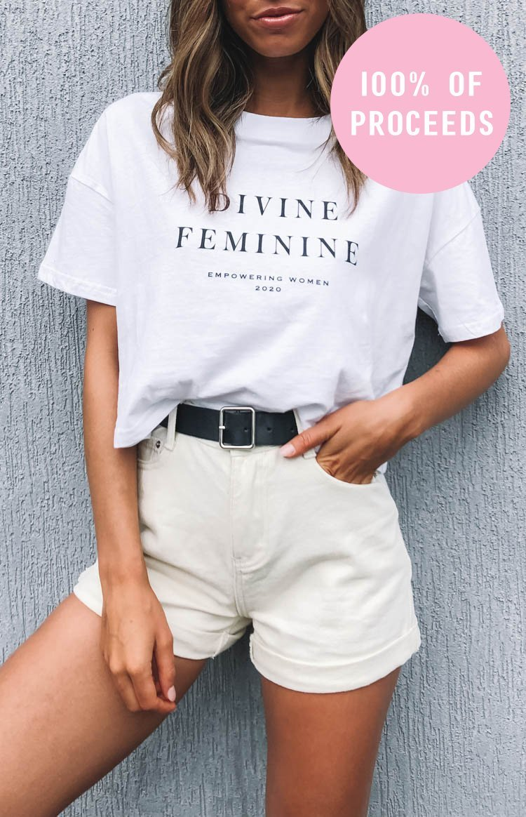 https://files.beginningboutique.com.au/20200304-Divine+Energy+Tee+White.mp4