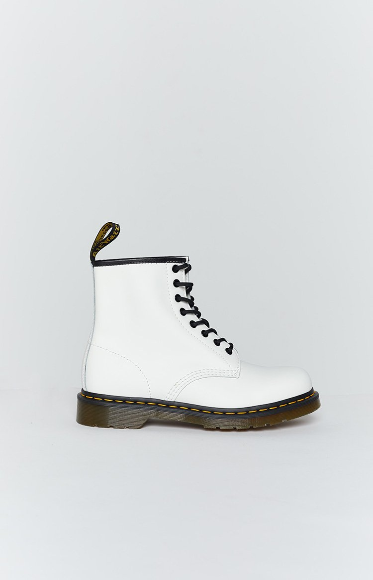 Dr. Martens 1460 8EYE Boot White Smooth