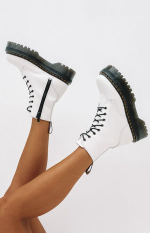 Dr. Martens Jadon 8 Eye Boot White
