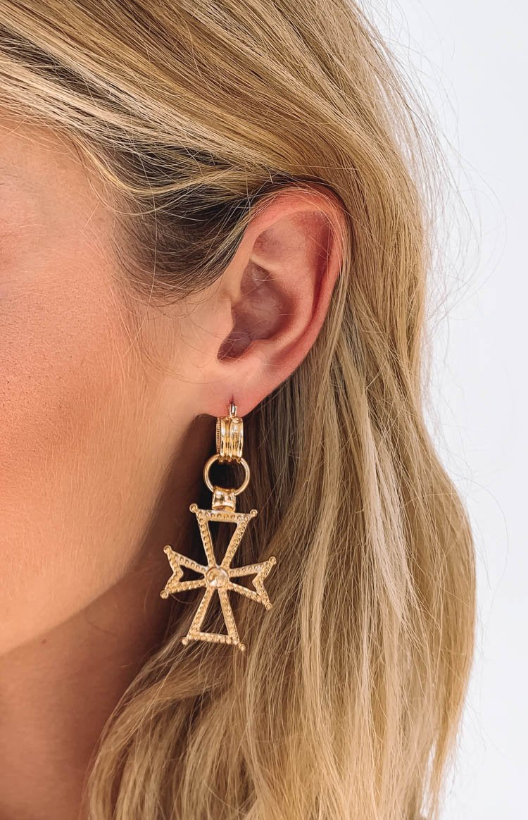 Eclat Regal Cross Earrings Gold
