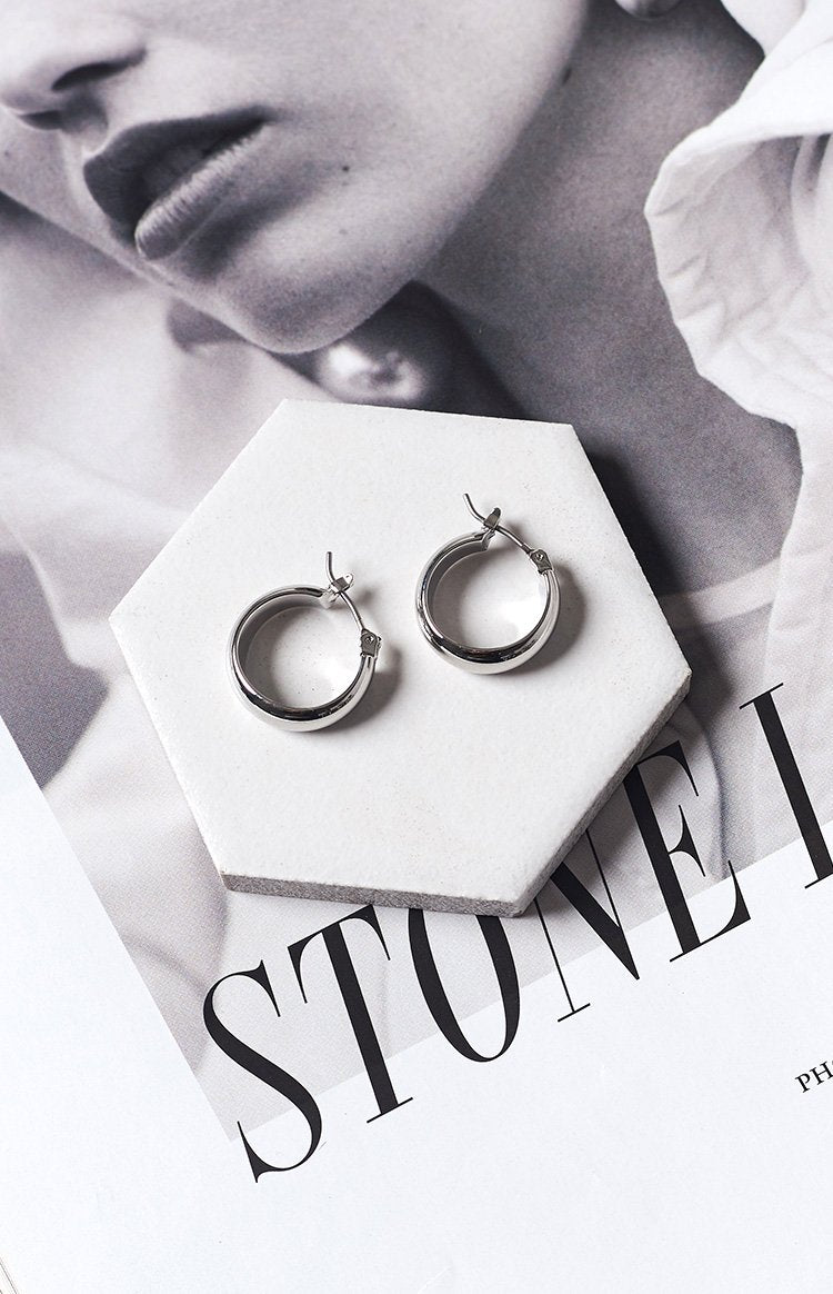 Eclat Coaster Hoop Earrings Silver