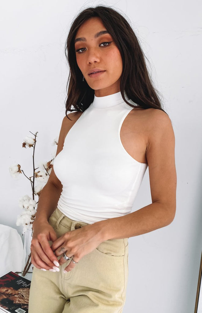 Fran High Neck Crop White 11