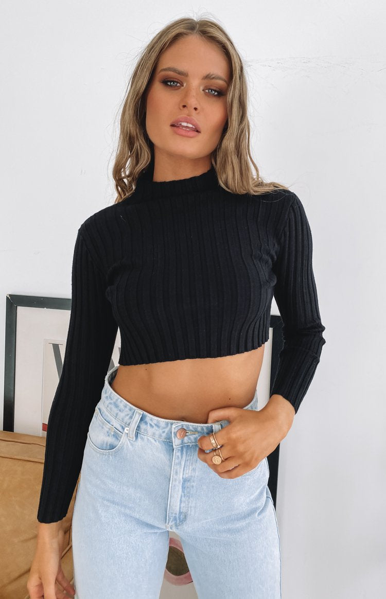 https://files.beginningboutique.com.au/20200610-Gem+Belle+Long+Sleeve+Crop+Top+Black.mp4