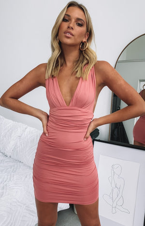 https://files.beginningboutique.com.au/Verity+Dress+Blush.mp4