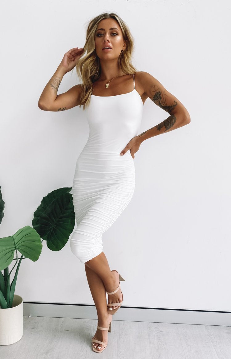 https://files.beginningboutique.com.au/20200325-I'm+All+In+Ruched+Midi+Party+Dress.mp4