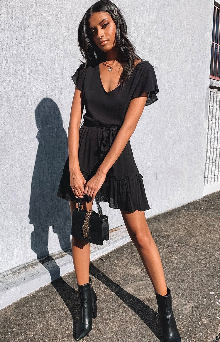 https://files.beginningboutique.com.au/It+Takes+Two+Dress+Black.mp4