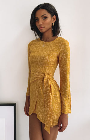 https://files.beginningboutique.com.au/Jaelyn+Dress+Yellow.mp4