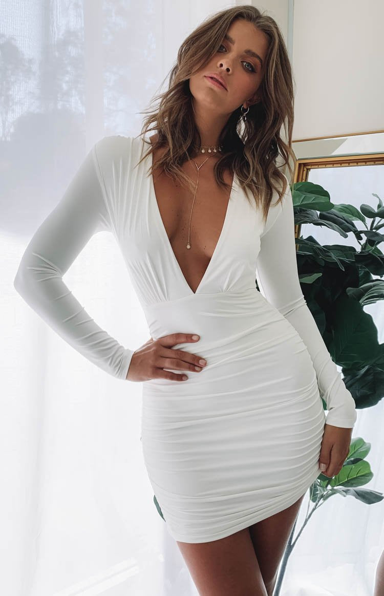 https://files.beginningboutique.com.au/Kali+Dress+Whit.mp4