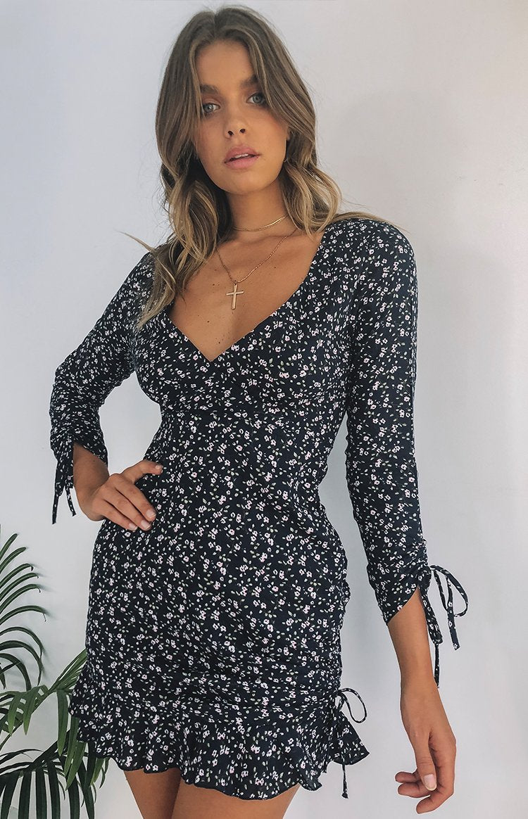 https://files.beginningboutique.com.au/LILY+ROSE+DRESS+NAVY+FLORAL.mp4