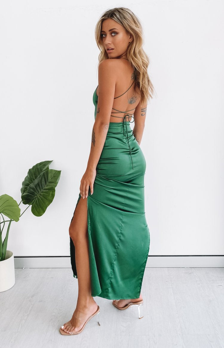 https://files.beginningboutique.com.au/20200316-manhattan+slip+formal+dress+emerald.mp4