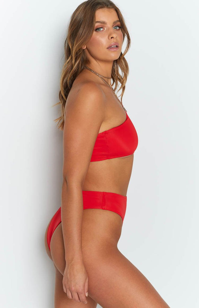 a59beed26c8 Marvello One Shoulder Bodysuit Red – Beginning Boutique