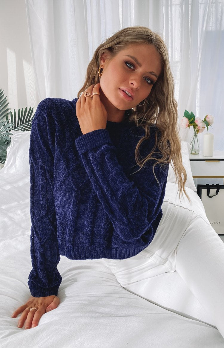 https://files.beginningboutique.com.au/20200612-Mila+Soft+Jumper+Navy.mp4
