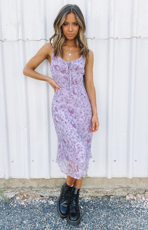 https://files.beginningboutique.com.au/20200210-Miley+Midi+Dress+Purple.mp4
