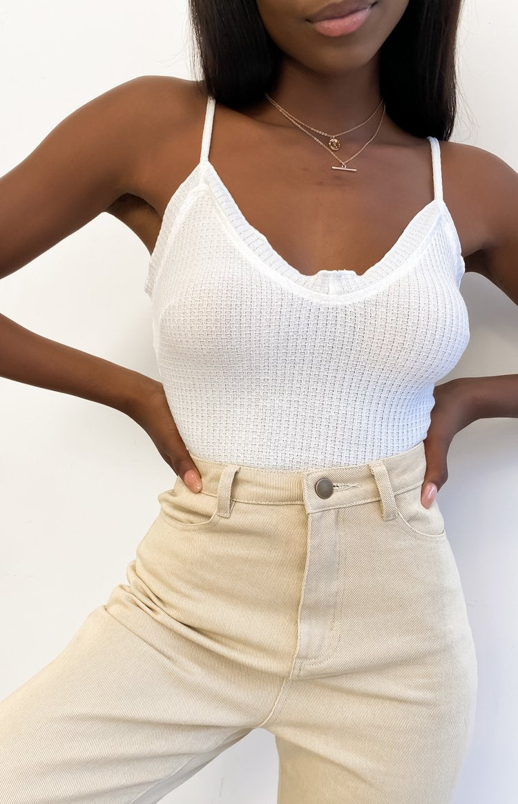 https://files.beginningboutique.com.au/20200724+-+No+Angel+Waffle+Crop+Top+White.mp4