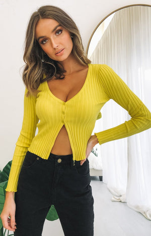 https://files.beginningboutique.com.au/20200624+-+Novah+Rib+Knit+Top+Yellow.mp4