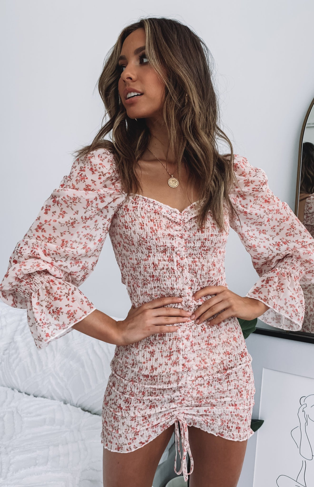https://files.beginningboutique.com.au/One+More+Time+Dress+Floral.mp4