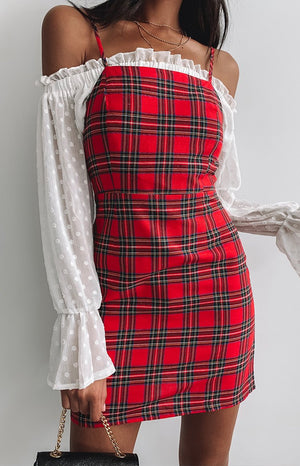https://files.beginningboutique.com.au/Reina+Dress+Red+Plaid.mp4