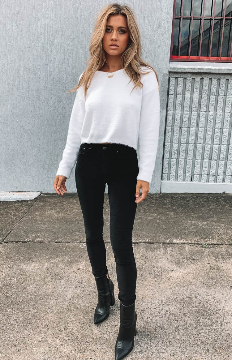 https://files.beginningboutique.com.au/Riveria+Cord+Pants+Black+.mp4