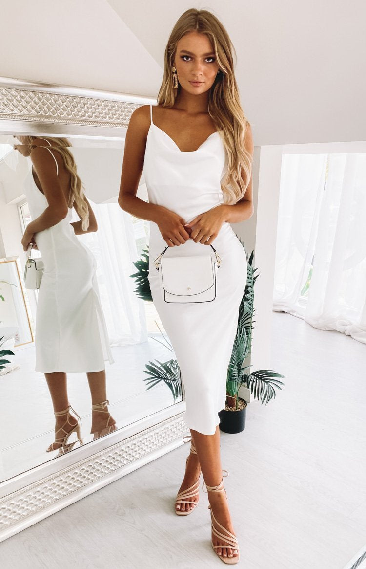 https://files.beginningboutique.com.au/Schiffer+Slip+Midi+Dress+White.mp4