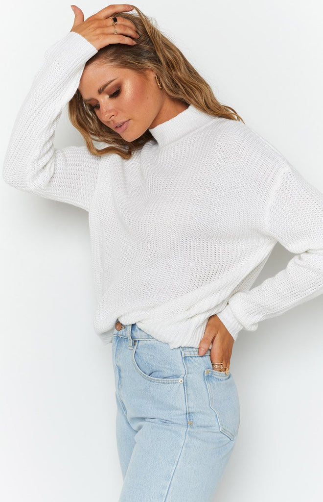 Secretly Knitted Sweater White 4