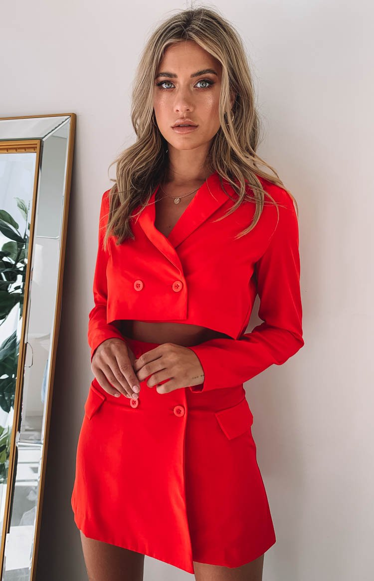 https://files.beginningboutique.com.au/Sweeter+Than+Honey+Suit+Set+Red+.mp4