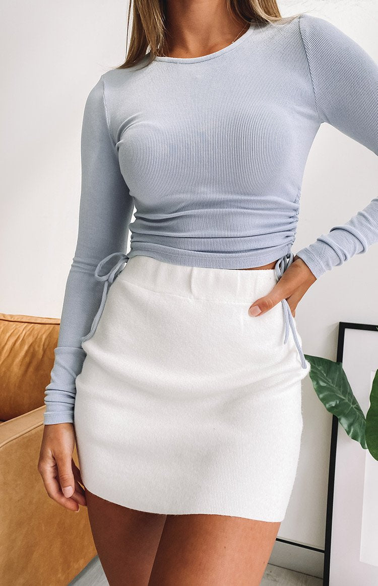 https://files.beginningboutique.com.au/20200504-Tell+me+knit+skirt+White.mp4